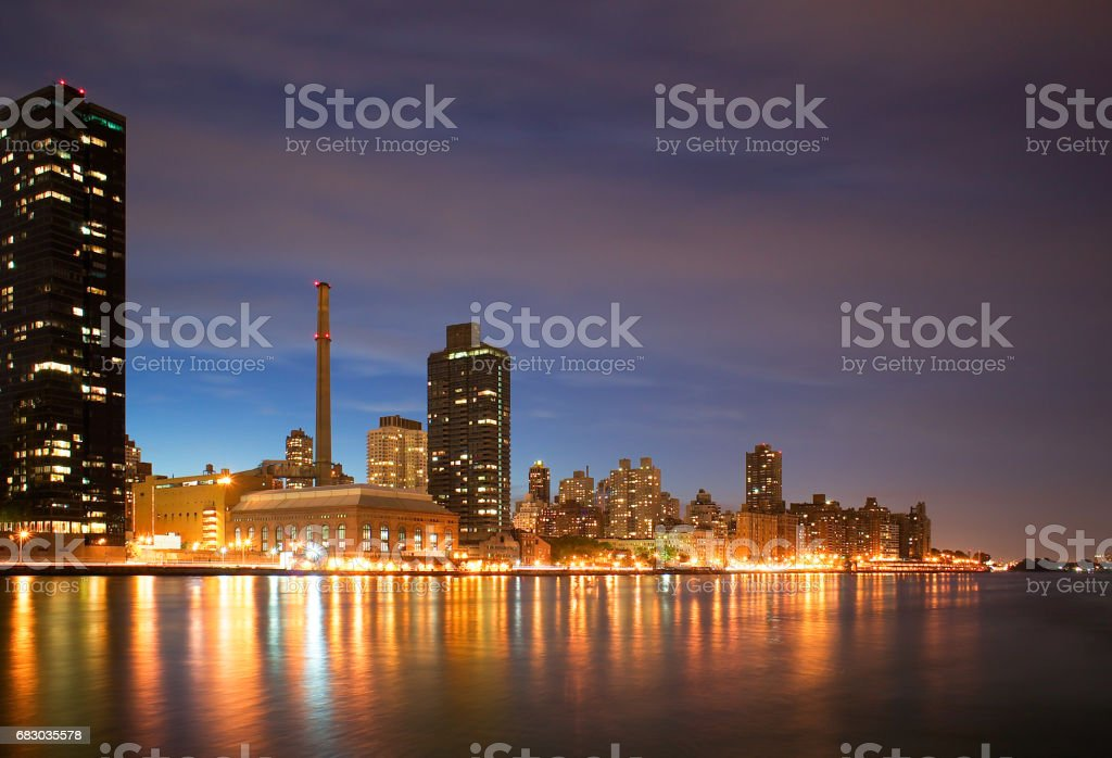 Manhattan Upper East Side Skyline and Roosevelt Island, New York foto de stock royalty-free