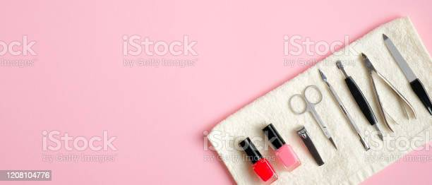 Manicure and pedicure tools on pink background top view with copy picture id1208104776?b=1&k=6&m=1208104776&s=612x612&h=5tnoeucexpj18puukvwg2cius3ygyyfsf6j62kazuju=