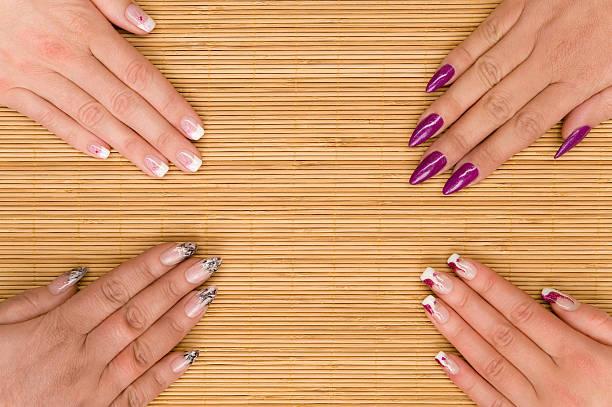 - maniküre - nails stiletto stock-fotos und bilder