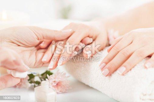 istock Manicure 160602623
