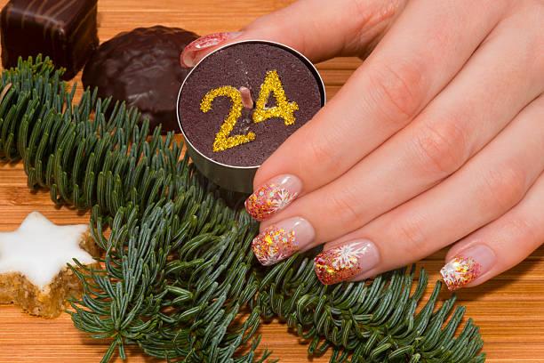 - maniküre - nageldesign weihnachten stock-fotos und bilder