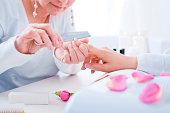 istock Manicure treatment 184594978