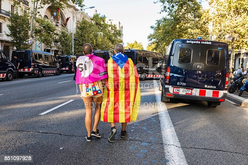 istock Manifestation for independence of Catalonia 851097928