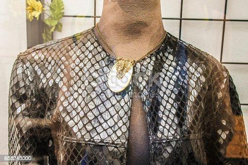 Mannequin Cloth Detail
