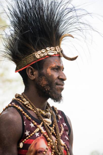 Männerporträt in der Provinz Ostsepik, Papua-Neuguinea – Foto