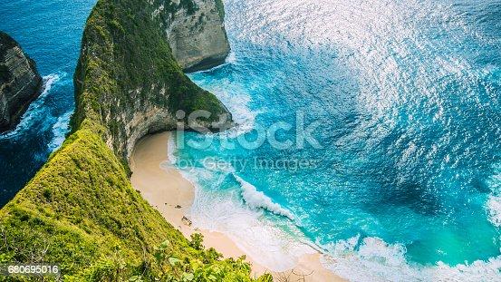 istock Manta Bay or Kelingking Beach on Nusa Penida Island, Bali, Indonesia 680695016