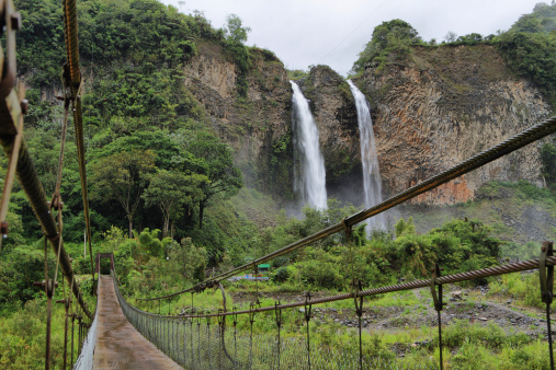 1131408581 istock photo Manto de la novia (bridal veil) waterfall 494036607