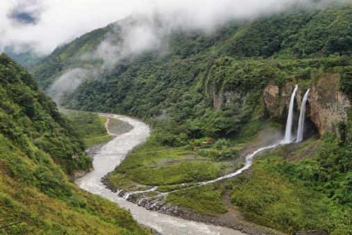 1131408581 istock photo Manto de la novia (bridal veil) waterfall 494037383