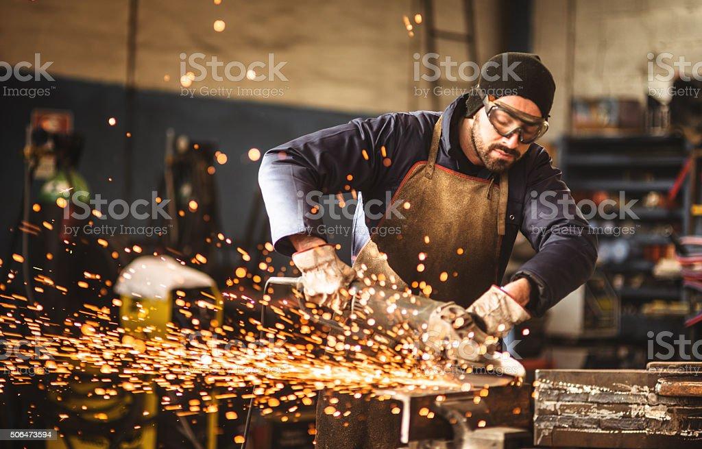 Arbeiter auf einer workshop Lizenzfreies stock-foto