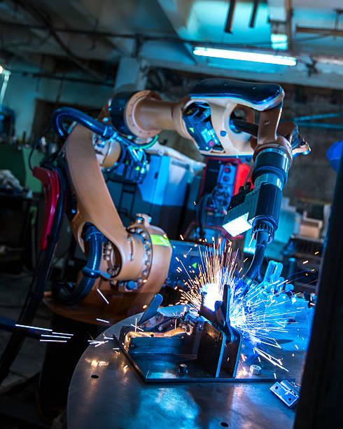 Herstellung. Industrieroboter-Maschine Schweißen Metall – Foto
