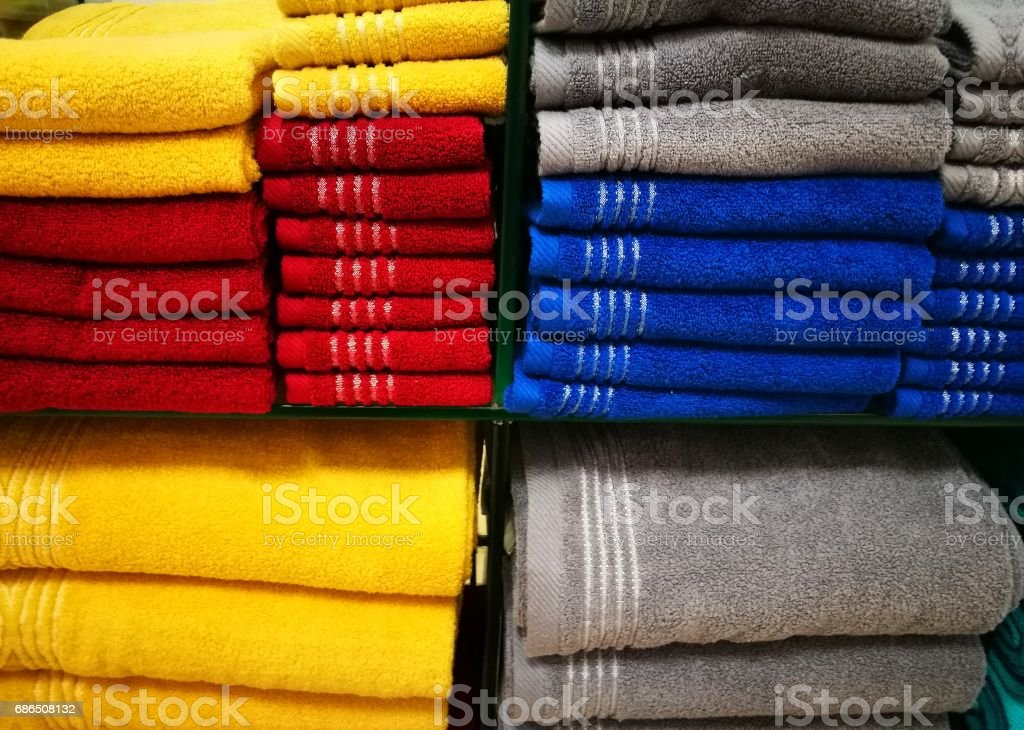 Many colorful towel in a shop foto stock royalty-free
