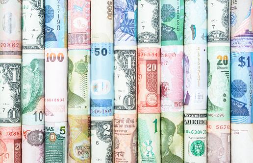 Many Currency - 100ドル紙幣のストックフォトや画像を多数ご用意