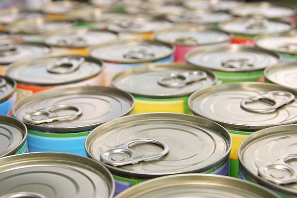 많은 링형-비닐백의 캔 - 통조림 식품 뉴스 사진 이미지