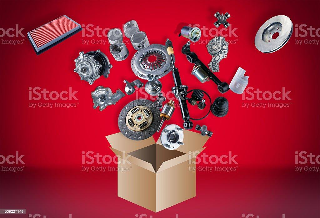 Cantidad de repuestos flying de la caja - Foto de stock de Amortiguador mecánico libre de derechos