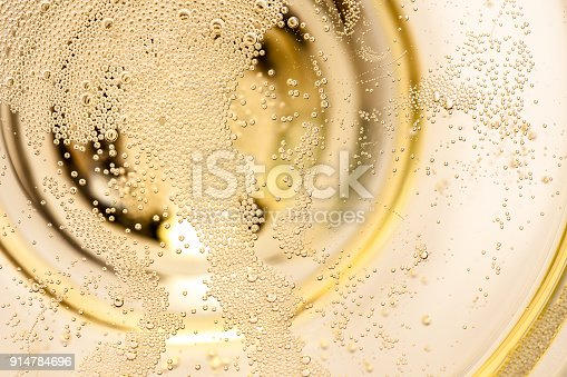 real edible sparkling wine, no artificial ingredients used!
