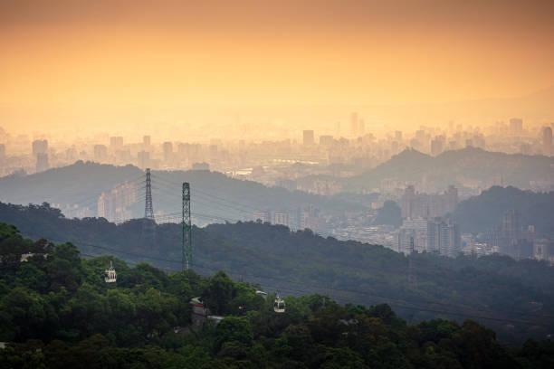 Maokong gondola cableway transports tourists in Taipei, Taiwan stock photo