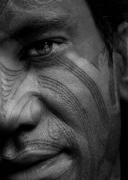 maori-tattoo - tribal tattoos stock-fotos und bilder