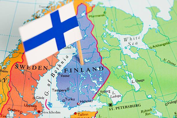 Bandera y mapa de Finlandia - foto de stock