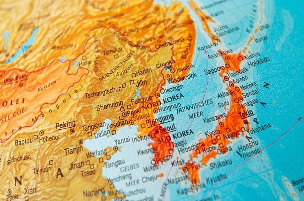 日本および韓国の地図 - 日本 地図 ストックフォトと画像