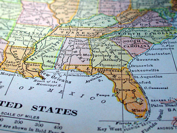 Map of the Southeast United States A dictionary map of the Southeast US. The photo was taken out of a one hundred + year old dictionary. southern usa stock pictures, royalty-free photos & images