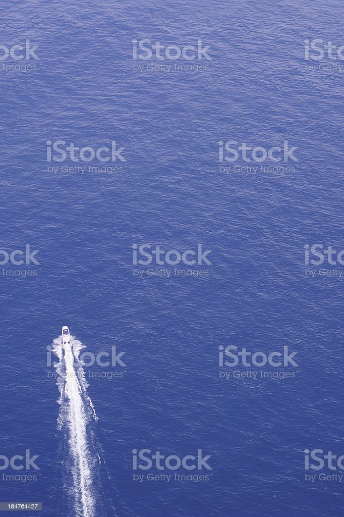 Mar azul, espuma branca royalty-free stock photo