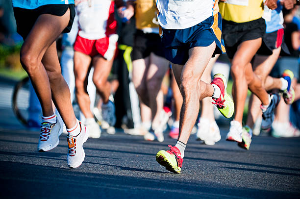 maratón - maratón fotografías e imágenes de stock