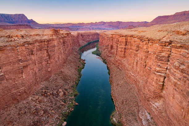 marble canyon und colorado river in arizona usa - schlucht stock-fotos und bilder