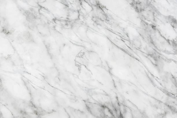 marmor, leichte textur, natürliche muster für gestaltung mit grauen schatten. - marmorgestein stock-fotos und bilder