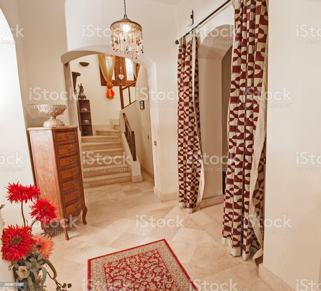 Marble staircase in luxury villa home with wooden bannister - Royalty-free Apartment Stock Photo