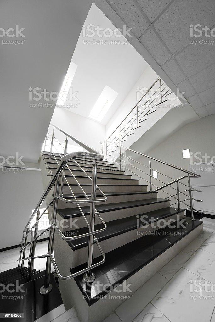 대리석 계단과 제강 난간을 royalty-free 스톡 사진