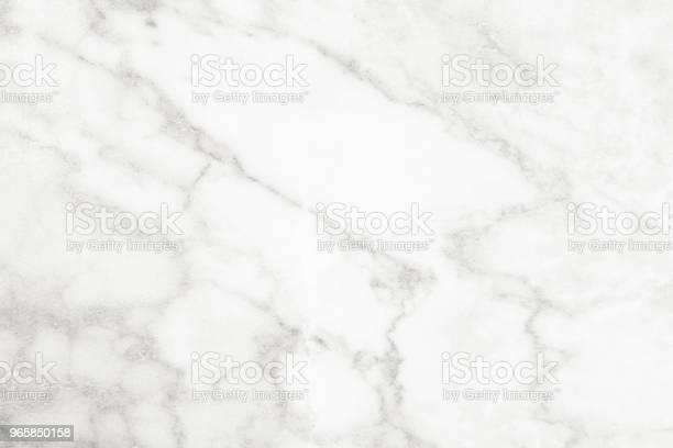 Мраморная Белая И Текстурная Плитка Керамического Серого Фонового Мрамора Для Внутреннего Убранства И Снаружи — стоковые фотографии и другие картинки Абстрактный