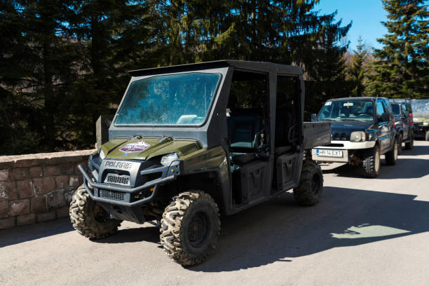28 March 2019 Transylvania, Romania Team building with Polaris ranger and Suzuki Jimny with off-road vehicles Selective focus 28 March 2019 Transylvania, Romania Team building with Polaris ranger and Suzuki Jimny with off-road vehicles Selective focus park ranger stock pictures, royalty-free photos & images