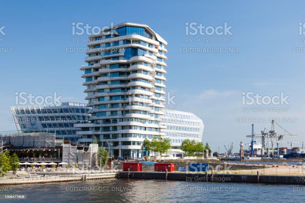 Marco Polo Tower In Hamburg Deutschland Leitartikel Stockfoto und ...