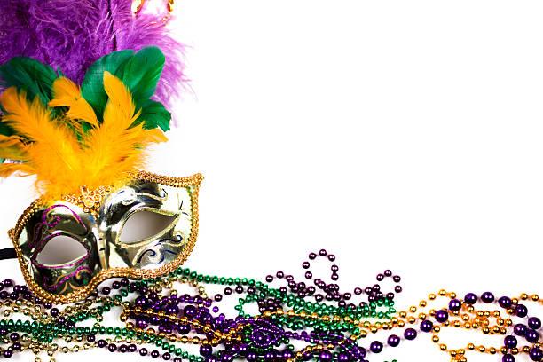 mardi gras plano de fundo. roxo, gold, green, máscara, contas. - mardi gras - fotografias e filmes do acervo