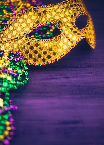 mardi gras fundo com máscara de - mardi gras - fotografias e filmes do acervo