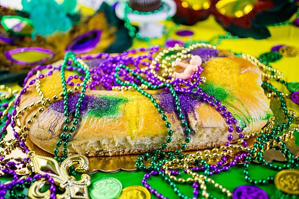 mardi gras - galette des rois photos et images de collection