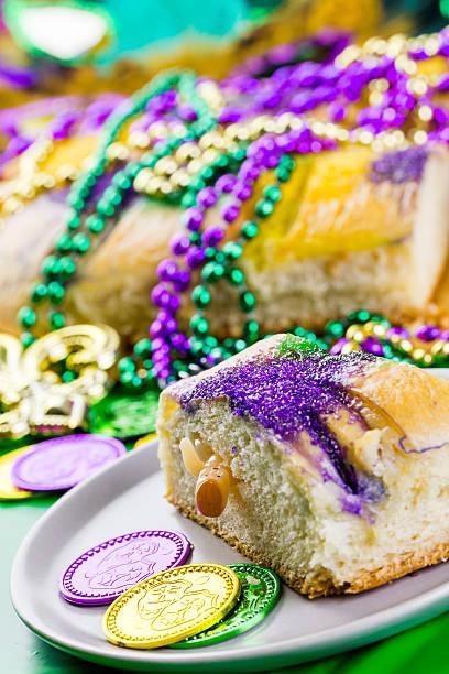 terça-feira gorda - bolo rei imagens e fotografias de stock