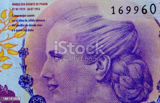 La figura de María Eva Dúrate de Perón en el billete de 100 pesos argentinos en conmemoración al Bicentenario de la Argentina.