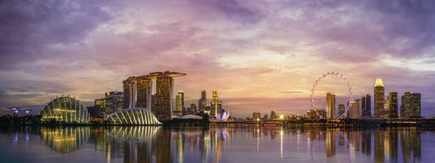marina bay east. - singapour photos et images de collection