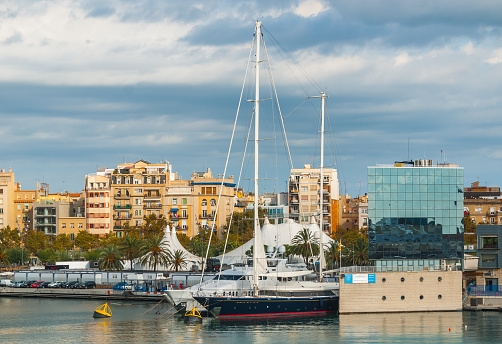 istock Marina Port Vell near Shopping centre in Barcenlona, Spain. 656638594