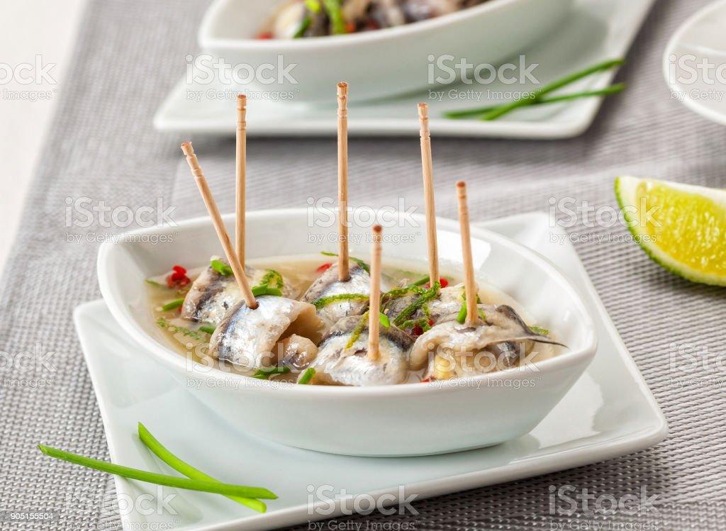 Boquerones marinados - foto de stock