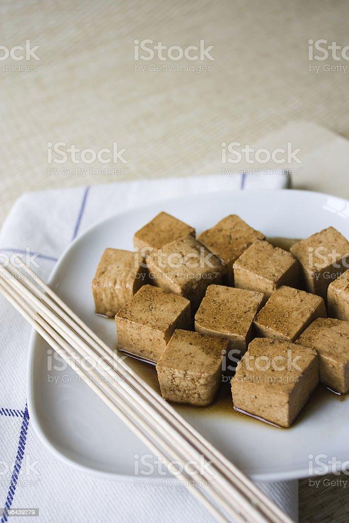 Tofu marinado - Foto de stock de Alimentação Saudável royalty-free