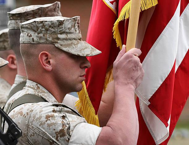 marine farbe guard - militärisches training stock-fotos und bilder