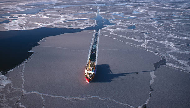 Marine Seismic in the Arctic Marine Seismic in the Arctic Being Carried out by ice floe stock pictures, royalty-free photos & images