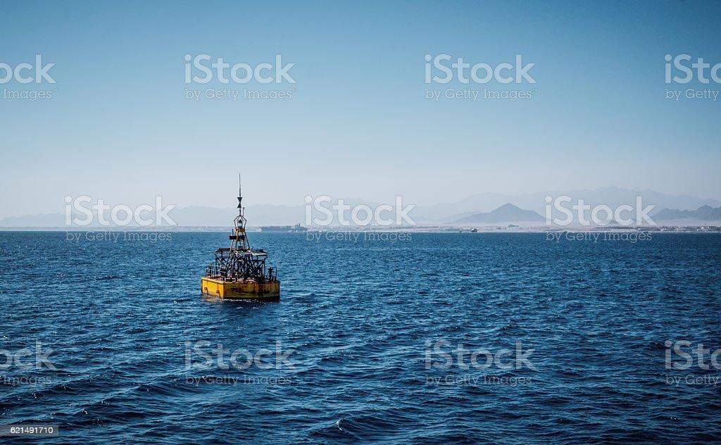 Maritime navigation. Baken in the Red Sea photo libre de droits