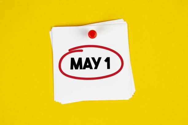 marquer le 1er mai sur le calendrier - 1er mai photos et images de collection