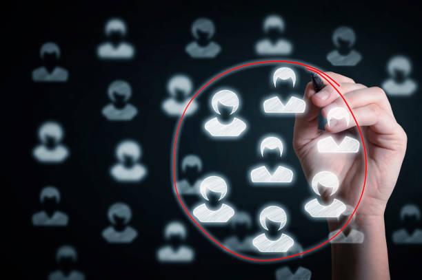 concepto de segmentación de marketing. - oficina de empleo fotografías e imágenes de stock