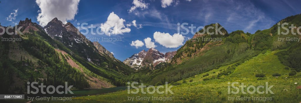 Maroon Lake and Maroon Bells Panorama stock photo