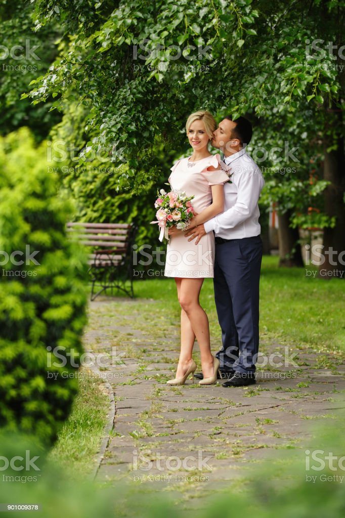 Ehe nach vier Monaten Dating