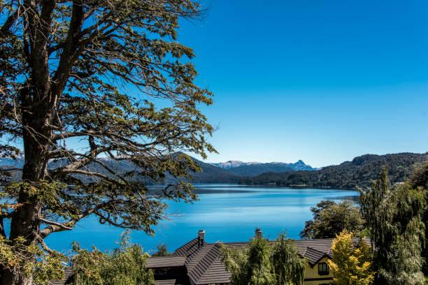 Herrlichen Blick auf den Nahuel Huapi See in Villa La Angostura – Foto